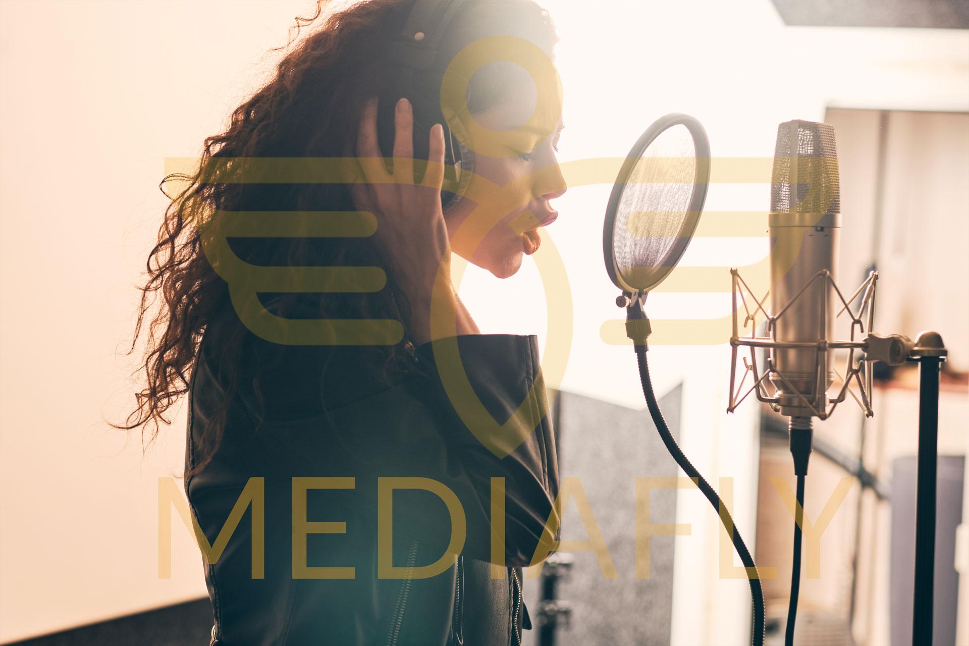 Voix Off / Spot / Publicité